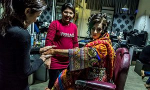 Afghan Beauty Parlors Are A Sanctuary For City Women